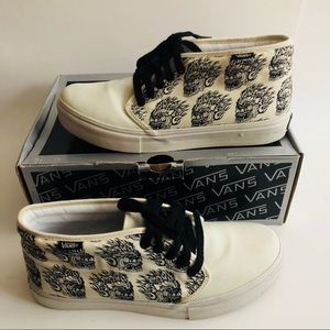 Vans Shoes - Vans Chukka Boot Demon Dragons Size 9